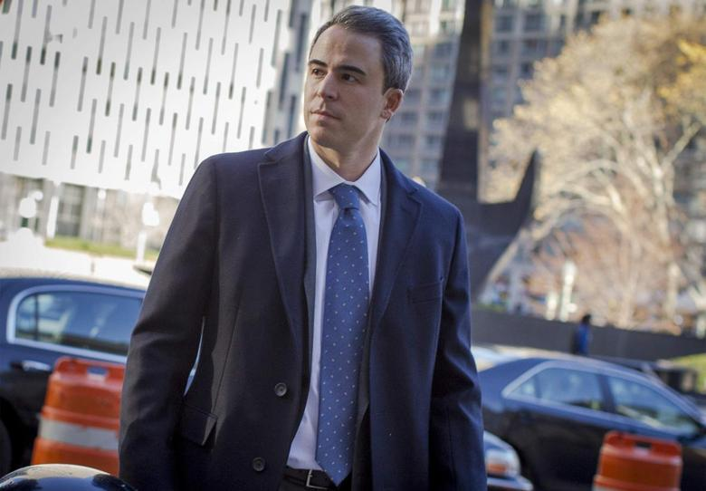 Michael Steinberg arrives at the Manhattan Federal Courthouse in New York, November 19, 2013. REUTERS/Brendan McDermid