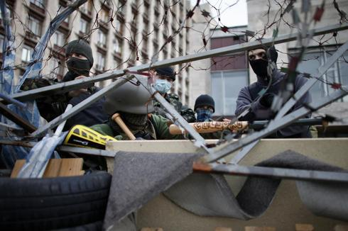 Ukraine peace deal falters as rebels show no sign of surrender