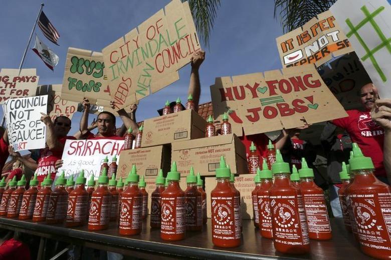 California city delays vote on Sriracha sauce factory