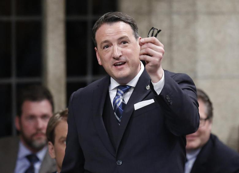 Canada's Natural Resources Minister Greg Rickford speaks during Question Period in the House of Commons on Parliament Hill in Ottawa March 31, 2014. REUTERS/Chris Wattie