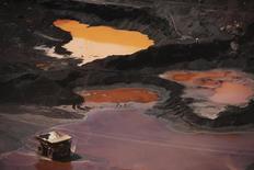Vista da mina de ferro Ferro Carajás em Parauapebas. A mineradora Vale, maior produtora de minério de ferro do mundo, teve lucro líquido de 2,52 bilhões de dólares no primeiro trimestre de 2014, queda de 19 por cento na comparação com o mesmo período do ano passado, em meio a preços mais baixos de seu principal produto, que foram pressionados pelo cenário da economia chinesa. 29/05/2012 REUTERS/Lunae Parracho