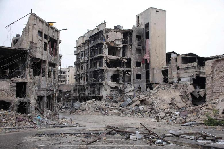 Syrian rebels blow up Aleppo hotel used by army