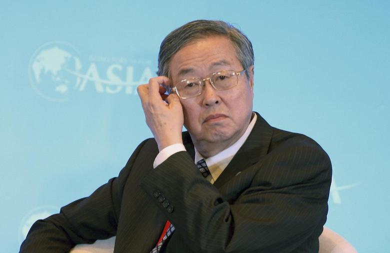 China's central bank Governor Zhou Xiaochuan scratches his head during a session of the Boao Forum for Asia (BFA) Annual Conference 2014, in Qionghai, Hainan province April 10, 2014. REUTERS/Stringer