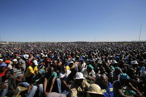 South African police deployed to platinum belt to protect miners
