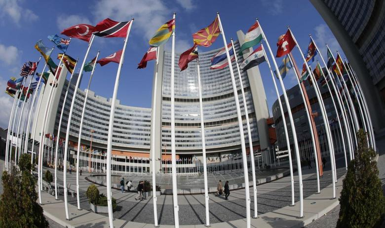 The United Nations headquarters building (Vienna International Centre) is pictured in Vienna May 14, 2014. REUTERS/Leonhard Foeger