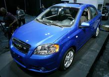 The 2007 Chevrolet Aveo makes its global debut at the 2006 Los Angeles Auto Show in Los Angeles, California in this file photo taken January 5, 2006. REUTERS/Lucas Jackson/Files