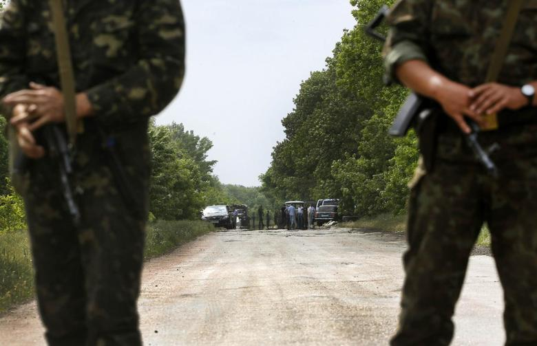 Armed clashes in east as Ukraine counts down to...
