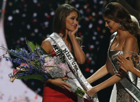 Crowning Miss USA