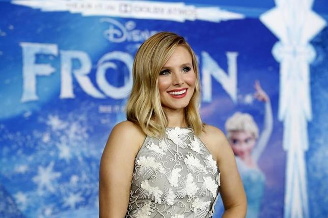 写真は昨年11月、米アニメ映画「アナと雪の女王」で、アナ役の声優を務めたクリスティン・ベル。ハリウッドで開催されたプレミア上映会で撮影(2014年 ロイター/Mario Anzuoni)
