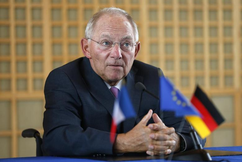 German Finance Minister Wolfgang Schaeuble attends a news conference at the Bercy Finance Ministry in Paris, August 28, 2014. REUTERS/Charles Platiau