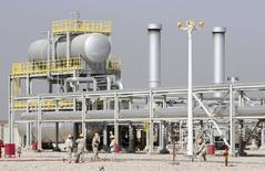 Vista general del campo de petróleo de Halfaya en Amara, al sureste de Baghdad. Imagen de archivo, 6 septiembre, 2014.  El crecimiento de la demanda global de petróleo se está ralentizando a un ritmo notable ante la debilidad económica en Europa y China, dijo el jueves el regulador de energía de Occidente, al agregar que el creciente volumen de crudo en los almacenes ofrecía buena protección contra cualquier impacto en la oferta. REUTERS/Essam Al-Sudani
