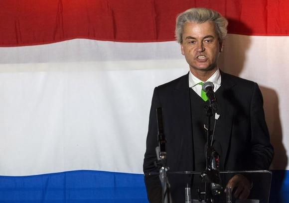 Far-right politician Geert Wilders of the anti-immigration Dutch Freedom (PVV) Party speaks at a PVV rally after the European Parliament elections in the Hague May 22, 2014. REUTERS/Michael Kooren