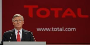 Thierry Desmarest, Chairman of French oil company Total, speaks during the company's annual shareholders meeting in Paris May 16, 2008. REUTERS/Benoit Tessier