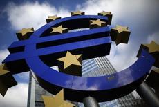 Le taux de chômage est resté stable à 11,5% en septembre dans la zone euro, comme au cours des trois mois précédents, selon Eurostat. /Photo d'archives/REUTERS/Lisi Niesner