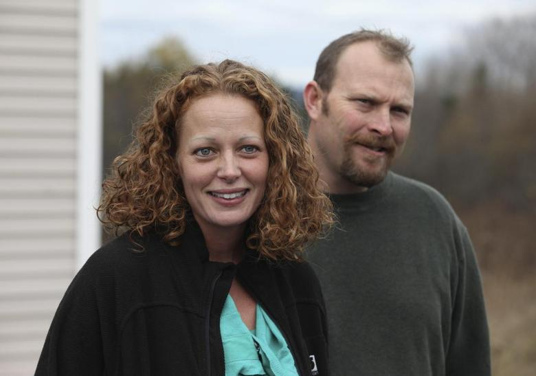 Judge rejects strict limits on U.S. nurse who treated...