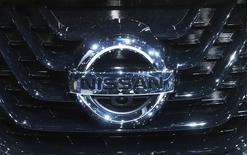 Nissan fait état d'une légère hausse de son résultat opérationnel au titre du deuxième trimestre de son exercice fiscal, battant le consensus des analystes, grâce à la forte reprise de ses ventes aux Etats-Unis, son premier marché. /Photo d'archives/REUTERS/Mike Segar
