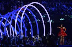 Anfitriã do MTV Europe Music Awards 2014, Nicki Minaj, durante a apresentação em Glasgow. 9/11/2014. REUTERS/Toby Melville
