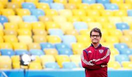 Técnico da seleção russa, Fabio Capello, durante uma sessão de treino no Maracanã, Rio de Janeiro. 21/06/2014. REUTERS/Tony Gentile