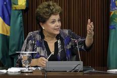 A presidente Dilma Rousseff durante reunião com líderes da base aliada, no Palácio do Planalto, em Brasília, nesta semana. 01/12/2014 REUTERS/Ueslei Marcelino