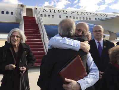 U.S. and Cuba restore ties