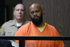 Magnata do rap Suge Knight,  acusado de assassinato, participa de audiência em tribunal de Compton  3/02/2015. REUTERS/Paul Buck/Pool
