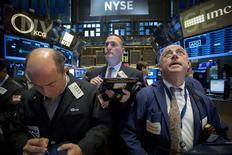 La Bourse de New York a fini en hausse mardi après des déclarations de Janet Yellen, la présidente de la Réserve fédérale, confirmant la possibilité d'une hausse des taux d'intérêt cette année sur fond d'amélioration de la conjoncture. /Photo prise le 24 février 2015/REUTERS/Brendan McDermid