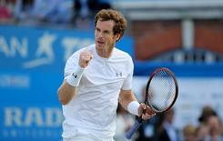 Tennis - Aegon Championships - Queens Club, London - 19/6/15 Great Britain's Andy Murray celebrates winning his Quarter Final match Action Images via Reuters / Paul Childs Livepic