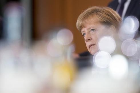 Germany's Merkel defends Grexit debate in conservative meeting: source