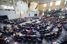 Vista geral do Parlamento da Alemanha, o Bundestag, em Berlim, nesta sexta-feira. 17/07/2015 REUTERS/Axel Schmidt