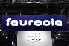 Faurecia devrait atteindre dès le second semestre 2015 l'objectif de marge qu'il s'était fixé pour 2016, grâce à la croissance de ses activités en Europe et en Amérique du Nord et à l'amélioration de sa rentabilité. /Photo d'archives/REUTERS/Benoît Tessier
