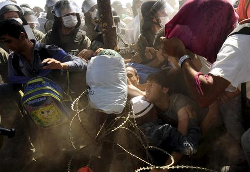 Chaos at the border