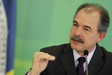 Ministro da Casa Civil, Aloizio Mercadante, durante entrevista coletiva em Brasília. 24/03/2015 REUTERS/Ueslei Marcelino