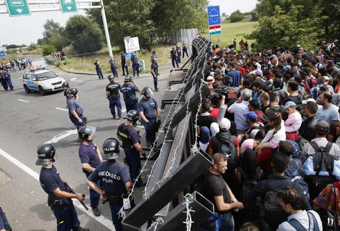 Hungary locks down border
