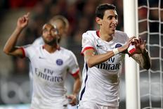 Angel Di Maria, do Paris St Germain, comemora gol contra o Stade Rennes no estádio Roazhon Park, em Rennes, na França, nesta sexta-feira. 30/10/2015 REUTERS/Stephane Mahe