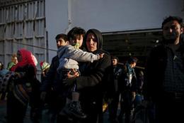 Griechenland startet Umverteilung von Flüchtlingen in EU