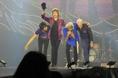 Ron Wood, Mick Jagger, Keith Richards e Charlie Watts, dos Rolling Stones, durante show nos Estados Unidos. 11/06/2015 REUTERS/Hans Deryk
