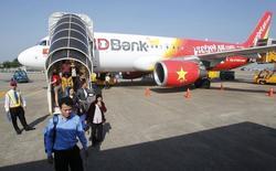 La compagnie aérienne Vietjet a passé auprès d'Airbus une commande ferme pour l'achat de 30 avions monocouloirs A321 supplémentaires, à l'occasion du Salon aéronautique de Dubaï. Cet achat porte à 99 le nombre d'Airbus de la famille A320 commandés par ce transporteur. /Photo d'archives/REUTERS/Kham
