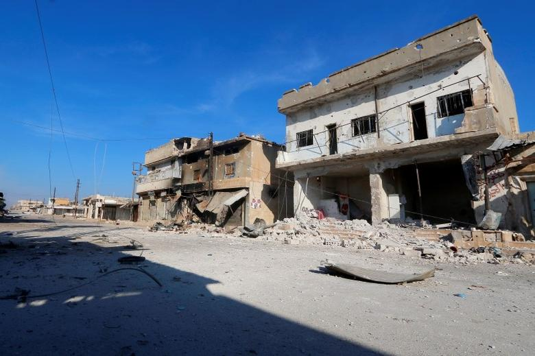 A general view shows a deserted street in the rebel-controlled area where forces loyal to Syria's President Bashar al-Assad carry out offensives to take control of the town of Kafr Nabudah, in Hama province, Syria, October 11, 2015. REUTERS/Ammar Abdullah