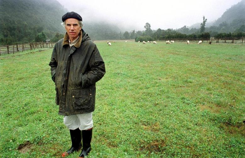 The North Face founder, Douglas Tompkins, dies in Chile kayak