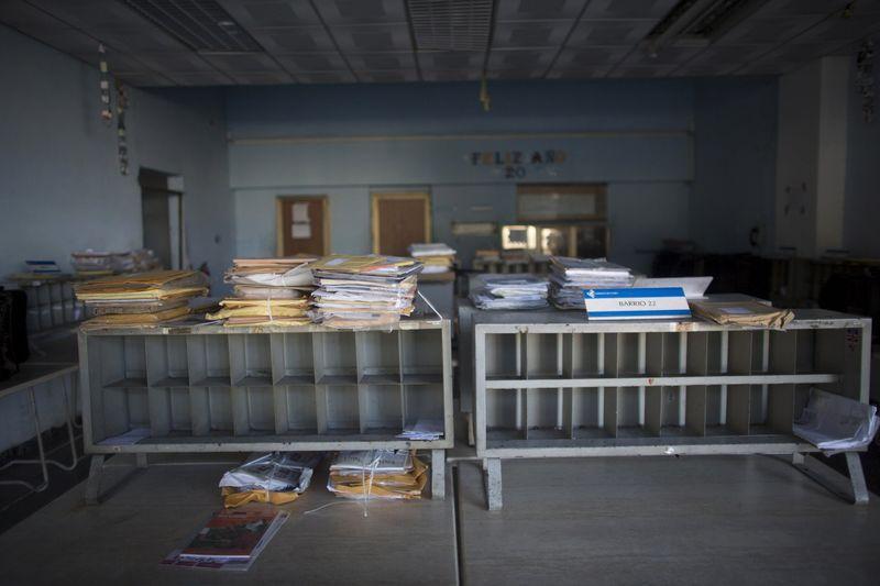 Gobiernos de Cuba y EEUU acuerdan reanudar servicio de correo postal ...
