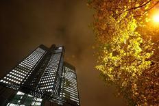 The Deutsche Bank headquarters are seen in Frankfurt, Germany October 28, 2015. REUTERS/Kai Pfaffenbach/Files