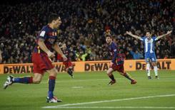 Luis Suárez em partida contra o Espanyol pela Copa do Rei.   06/01/2016        REUTERS/Albert Gea