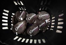 """Une """"class action"""" (actions de groupe) a été lancée aux Etats-Unis contre Cnova, filiale de Casino cotée au Nasdaq, pour divulgation d'informations trompeuses. /Photo prise le 14 janvier 2016/REUTERS/Eric Gaillard"""