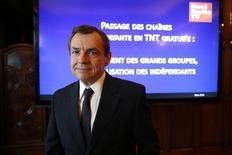 Alain Weill, président de NextRadioTV qui a enregistré un ralentissement de son activité au quatrième trimestre, pénalisée dans la télévision par les attaques de novembre à Paris qui ont entraîné des suppressions d'écrans publicitaires et des annulations de campagnes., /Photo d'archives/REUTERS/Benoit Tessier