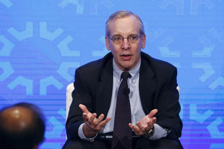 New York Fed President William Dudley takes part in a panel convened to speak about the health of the U.S. economy in New York November 18, 2015. REUTERS/Lucas Jackson