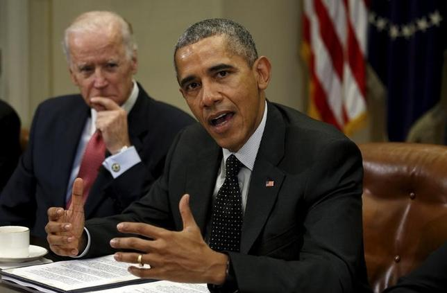 U.S. President Barack Obama speaks during a meeting with members of his national security team and cybersecurity advisors on new actions to enhance the nation's cybersecurity, including measures that are outlined in the President's FY2017 Budget proposal at the White House in Washington February 9, 2016. REUTERS/Kevin Lamarque