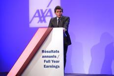 Henri de Castries, PDG d'Axa. Le groupe a dégagé un bénéfice net en hausse de 3% (à 5,6 milliards d'euros) à taux de change constants en 2015, conformes aux attentes du marché, et indique avoir atteint les objectifs de son plan stratégique. /Photo prise le 25 février 2016/REUTERS/Charles Platiau