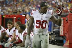 Nov 8, 2015; Tampa, FL, USA; New York Giants defensive end Jason Pierre-Paul (90) waves to a fan during the second half against the Tampa Bay Buccaneers at Raymond James Stadium. Mandatory Credit: Kim Klement-USA TODAY Sports