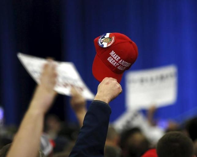 3月2日、米大統領選の候補者指名争いでドナルド・トランプ氏が躍進し、市場もそわそわし始めてきた。ケンタッキー州の集会で1日撮影(2016年 ロイター/ Chris Bergin)