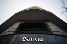 El presidente de Bankia, José Ignacio Goirigolzarri,  anunció el martes que la entidad ya ha desembolsado 358 millones de euros por acuerdos con accionistas sobre las reclamaciones con respecto a una salida a bolsa en 2011 que los tribunales consideraron irregulares. En esta imagen de archivo, una sucursal de Bankia en Madrid, el 3 de marzo de 2016. REUTERS/Juan Medina